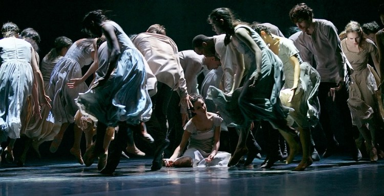 Akram Khan's Giselle, English National Ballet, © Dasa Wharton a18