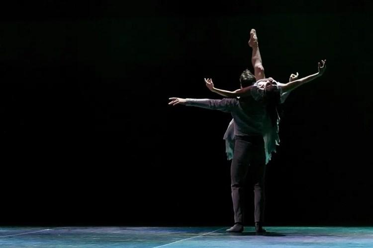 Akram Khan's Giselle, English National Ballet, © Dasa Wharton a24