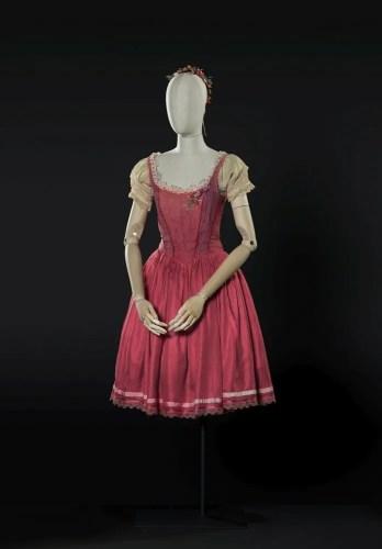 La fille mal gardée, 1987, costume by Spinatelli, photo by Francesco M. Colombo