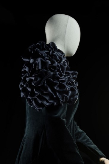 Salome, detail, 1987, costume by Versace, photo by Francesco M. Colombo