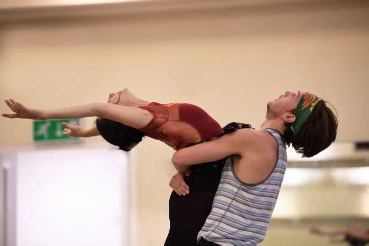 Tamara Rojo and Joseph Caley rehearsing Song of the Earth