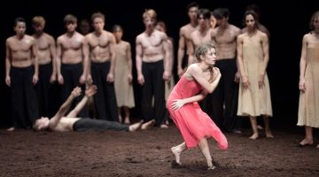 Finalists of English National Ballet'sEmerging Dancercompetition at theLondon Coliseum in June