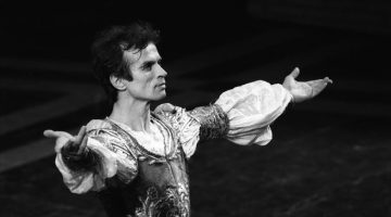 Rudolf Nureyev died 25 years ago – La Scala pays tribute to the great dancer