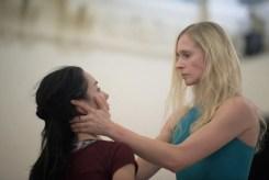 Tamara Rojo and Stina Quagebeur rehearsing Akram Khan's Giselle © Laurent Liotardo