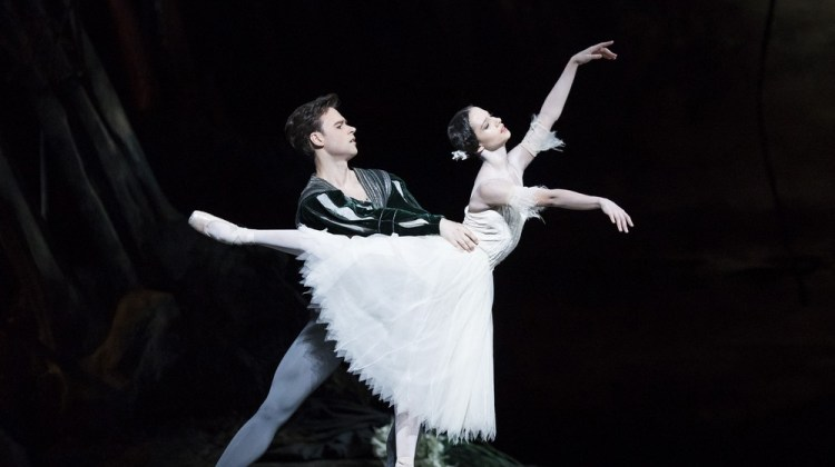 Interview with The Royal Ballet's hot couple: Francesca Hayward and Alexander Campbell