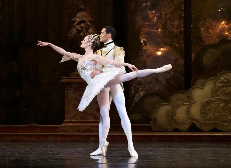 Birmingham Royal Ballet in rehearsal for Sleeping Beauty, photos by Dasa Wharton 16