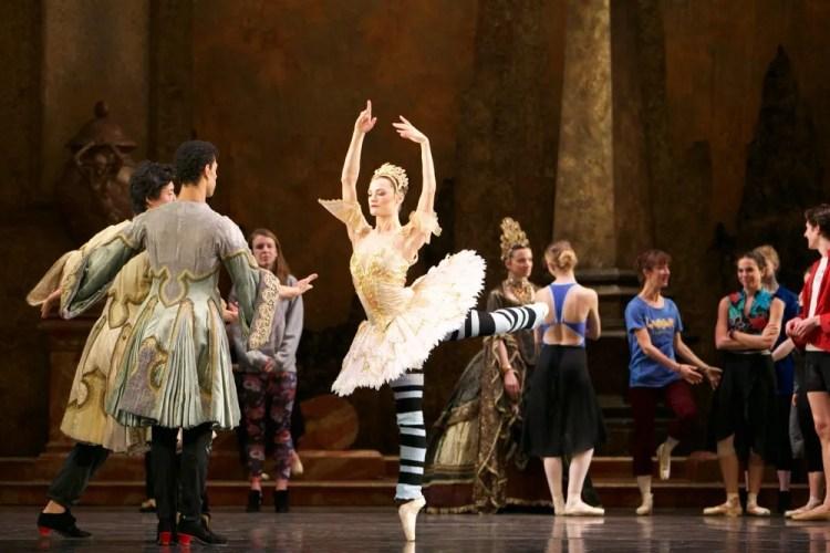 Birmingham Royal Ballet in rehearsal for Sleeping Beauty, photos by Dasa Wharton 27