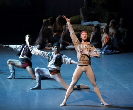 Le Corsaire rehearsal Timofej Andrijashenko