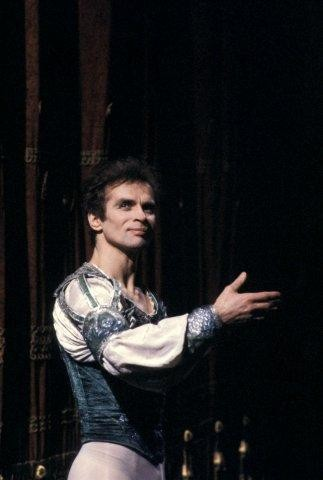 20 December 1980, Rudolf Nureyev as Romeo, photo by Lelli e Masotti