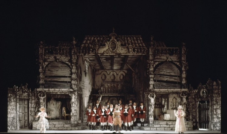 La Cenerentola, photo by Erio Piccagliani