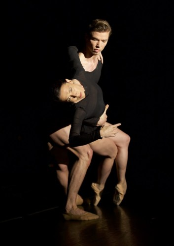 Aubade by Alistair Marriott, with Mara Galeazzi and Greg Dean, photo by Andrea Mascolo (2)
