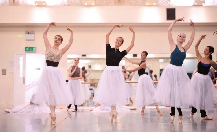 English National Ballet dancers Julia Conway, Alice Bellini and Georgia Bould in rehearsals for La Sylphide © Laurent Liotardo