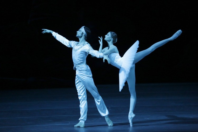Alyona Kovalyova And Jacopo Tissi In La Bayadére, Photo By Damir Yusupov, 2018