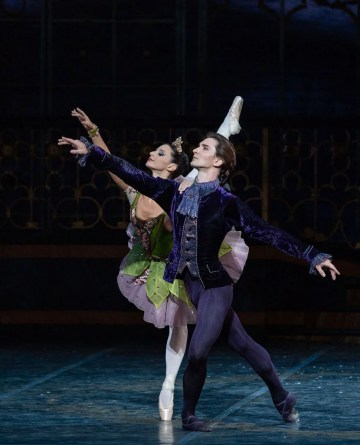 Marianna Suriano and Vladislav Lantratov in The Sleeping Beauty, Rome Opera Ballet © Yasuko Kageyama