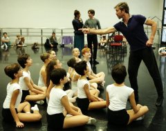 Balanchine's Nutcracker with Alessandro Grillo students of the La Scala Ballet School