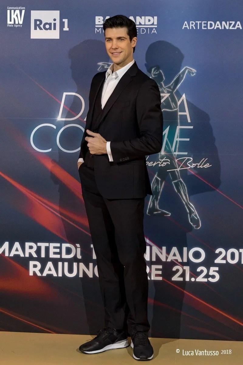 Roberto Bolle presenting the new edition of Danza con me 2