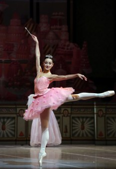 George Balanchine's The Nutcracker®, Nicoletta Manni as the Sugarplum Fairy, photo by Brescia e Amisano, Teatro alla Scala 2018