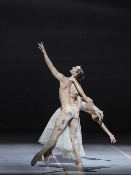 Nuit Blanche by Sébastien Bertaud with Abbagnato and Vogel © Yasuko Kageyama (4)