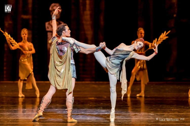 Spartacus with the Bayerisches Staatsballett © Luca Vantusso 2019 2