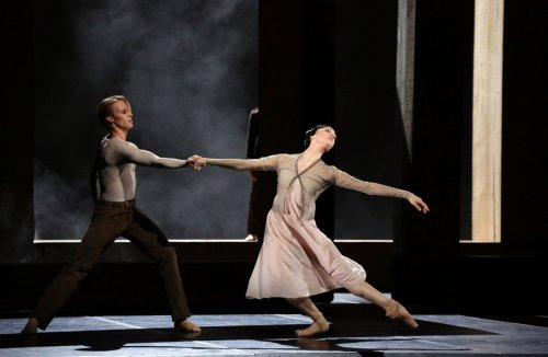 Woolf Works, I now I then, with Timofej Andrijashenko and Martina Arduino, photo by Brescia e Amisano, Teatro alla Scala 2019