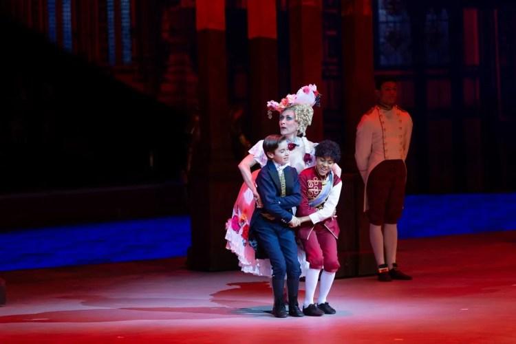 02 Christopher Wheeldon's Cinderella with English National Ballet © Dasa Wharton