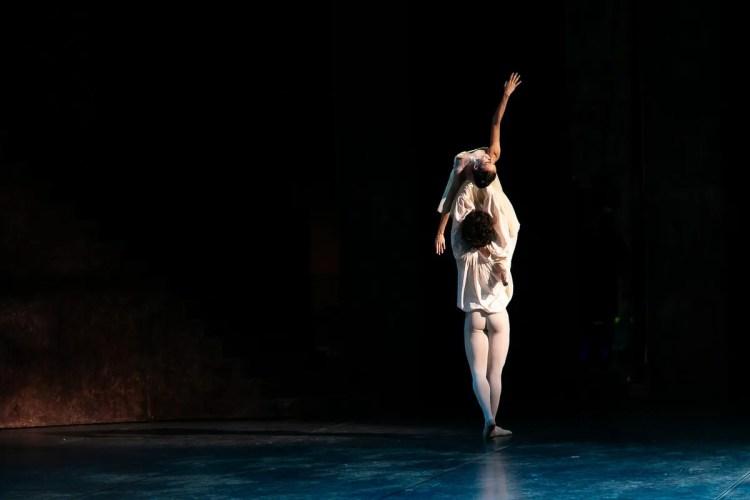 15 Francesca Hayward and Cesar Corrales, Romeo and Juliet © Dasa Wharton