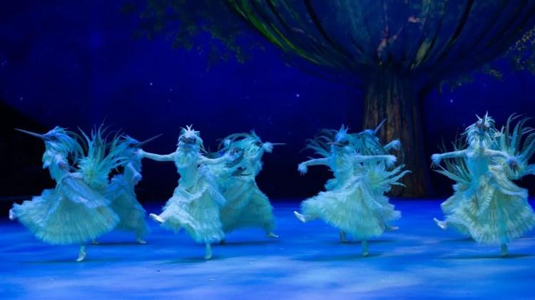 16 Christopher Wheeldon's Cinderella with English National Ballet © Dasa Wharton