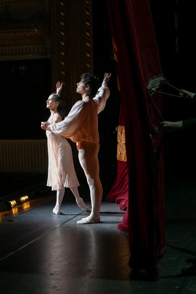 26 Francesca Hayward and Cesar Corrales, Romeo and Juliet © Dasa Wharton