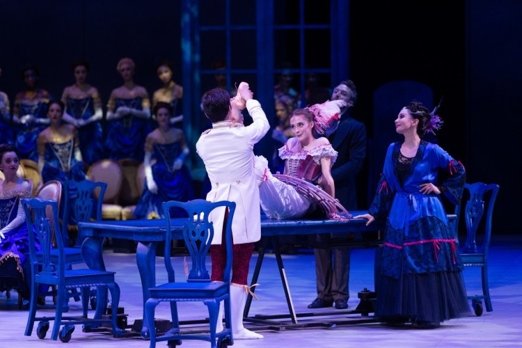 43 Christopher Wheeldon's Cinderella with English National Ballet © Dasa Wharton