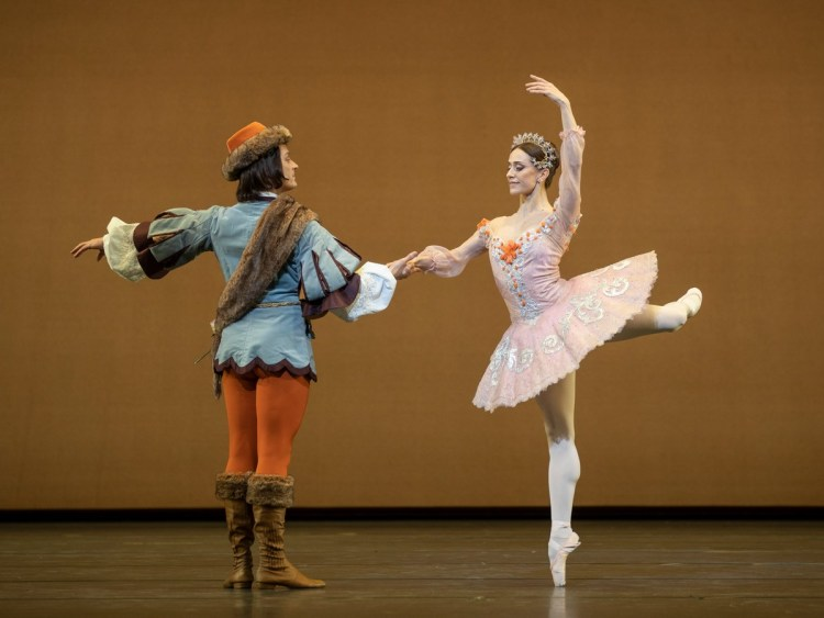 Thomas Whitehead and Marianela Nunez in The Sleeping Beauty photo by Andrej Uspenski ROH