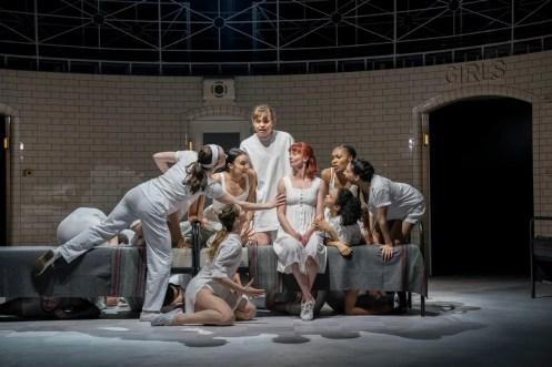 Matthew Bourne, Romeo and Juliet, Capulet Company (7)
