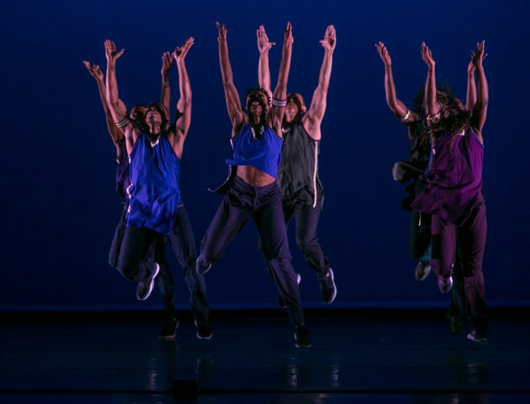 04 Alvin Ailey American Dance Theater in Rennie Harris' Lazarus, photo by Dasa Wharton