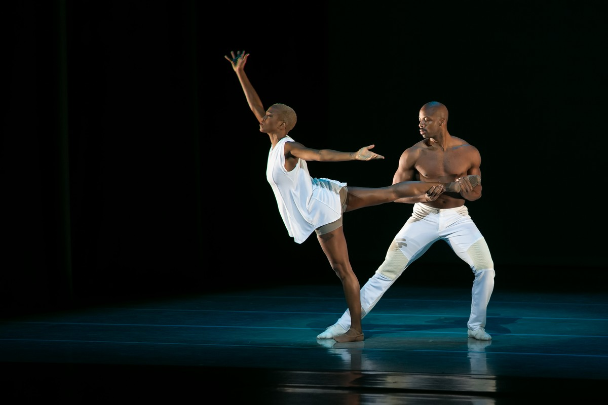 09 AAADT's Akua Noni Parker and Jermaine Terry in Jessica Lang's EN, photo by Dasa Wharton