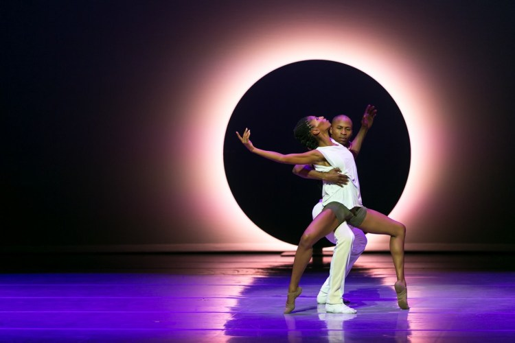 14 AAADT's Jacqueline Green and Jeroboam Bozeman in Jessica Lang's EN, photo by Dasa Wharton