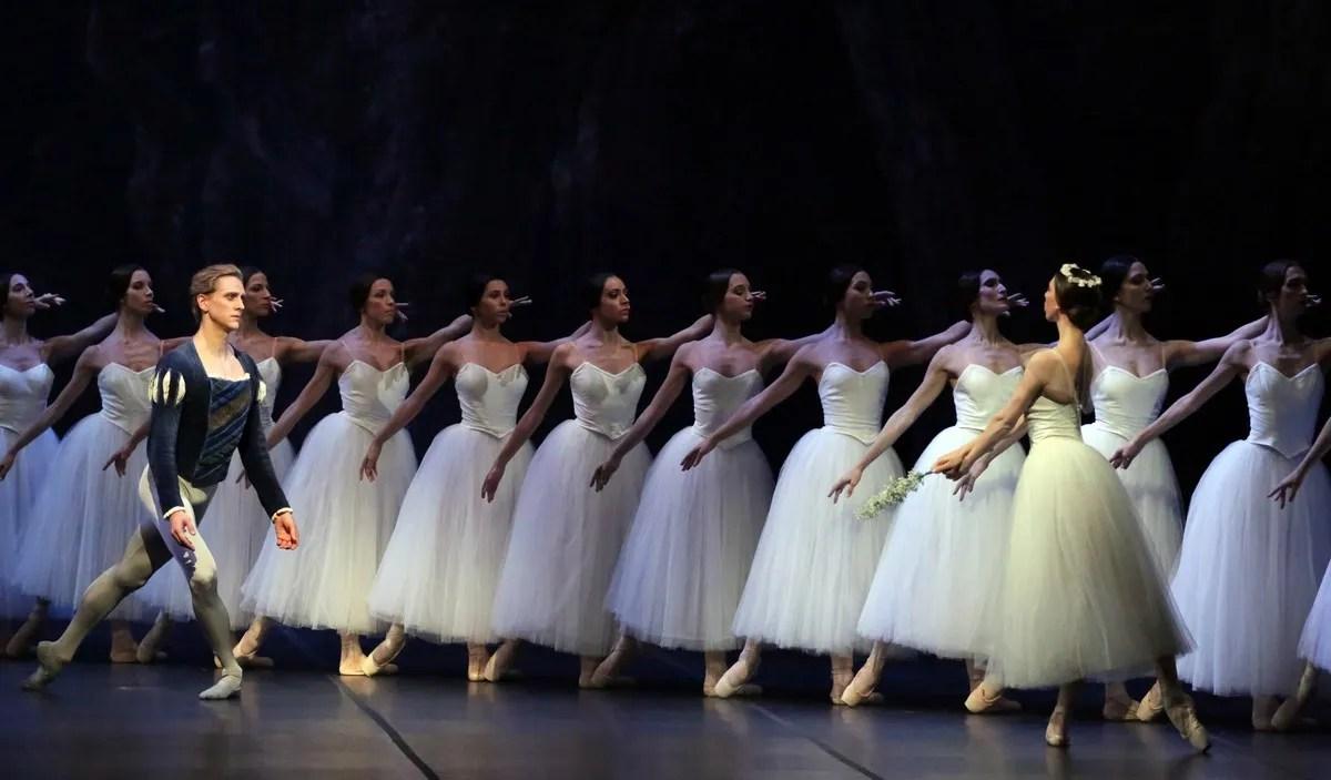 14 Giselle with David Hallberg and Maria Celeste Losa @ Brescia e Amisano, Teatro alla Scala 2019