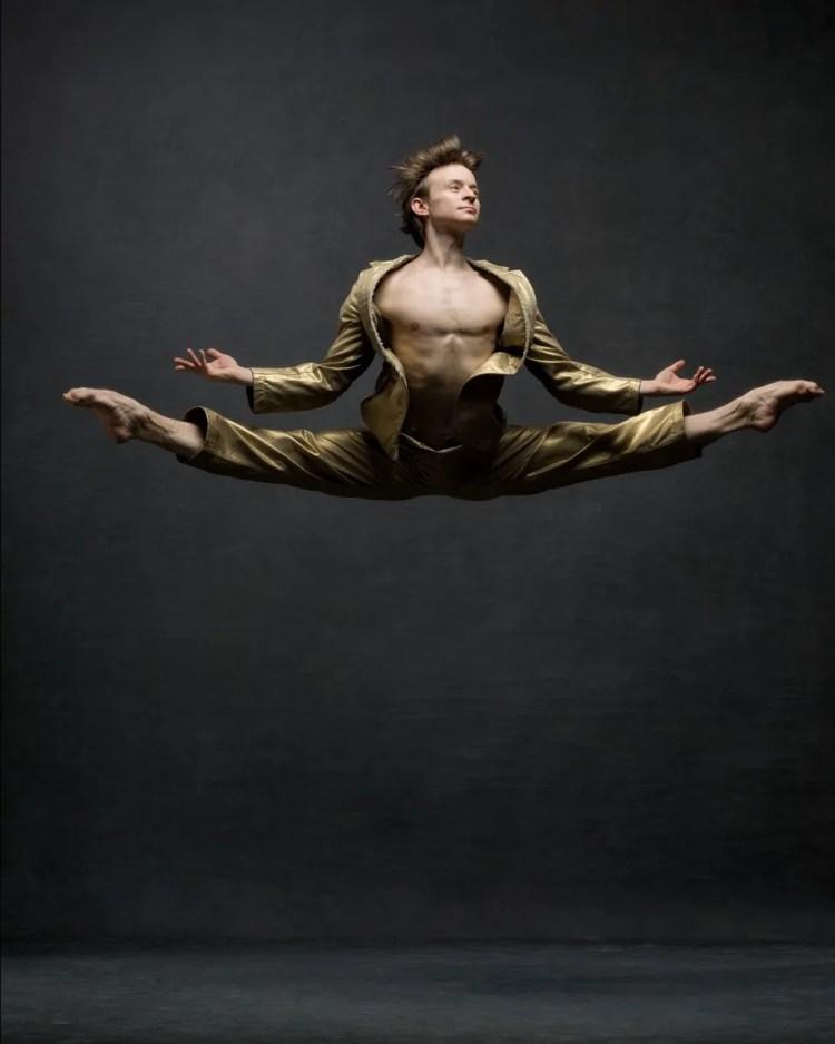 Danil Simkin, Principal, American Ballet Theatre and Staatsballet Berlin Vintage suit by Comme des Garçons © Ken Browar and Deborah Ory
