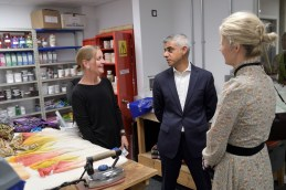 Mayor of London Sadiq Khan meets Dyer Symone Frost with Deputy Mayor Justine Simmons at English National Ballet's new building © Laurent Liotardo