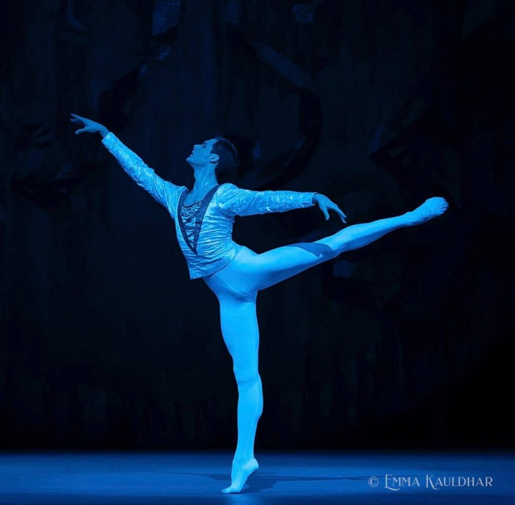 Jacopo Tissi in Swan Lake at The Royal Opera House, August 2019 01