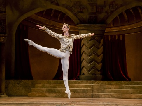 Raymonda Act III. Vadim Muntagirov as Jean de Brienne. ©ROH, 2019. Ph by Tristram Kenton (4)