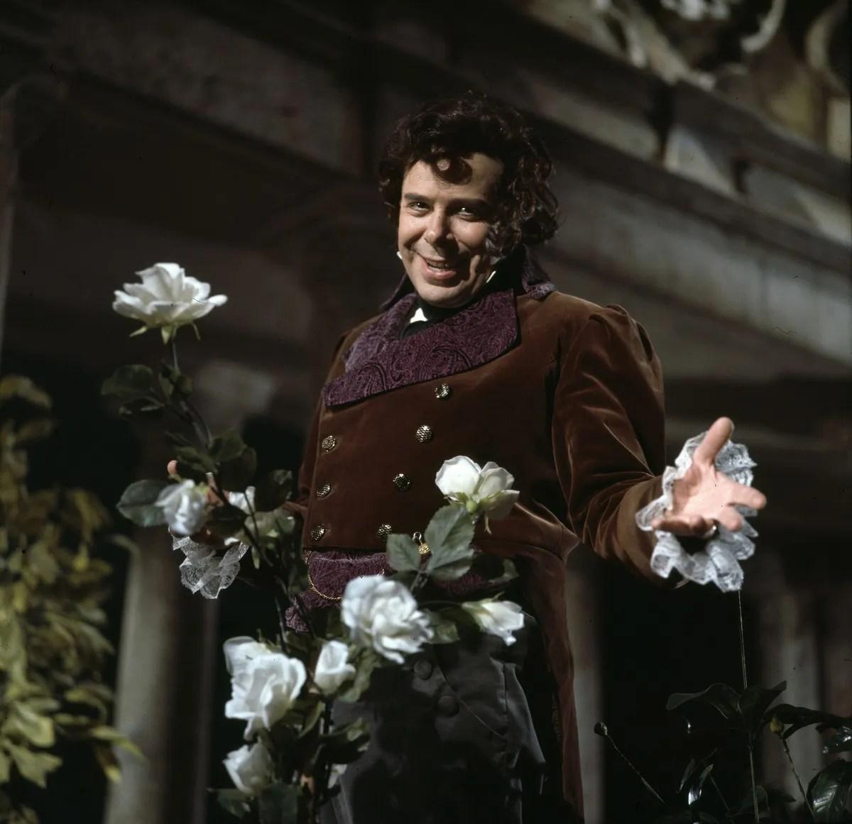 Rolando Panerai in 1973 in Don Pasquale, photo by Erio Piccagliani