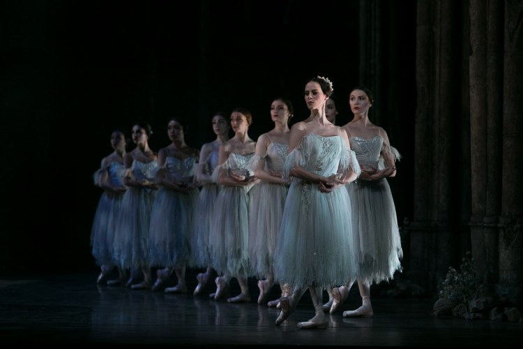 08 Giselle, Birmigham Royal Ballet, Samara Downs © Dasa Wharton 2019