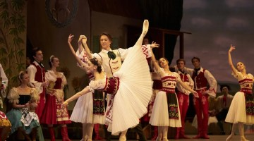Coppélia with Vadim Muntagirov and Marianela Nunez, photo by Bill Cooper ROH
