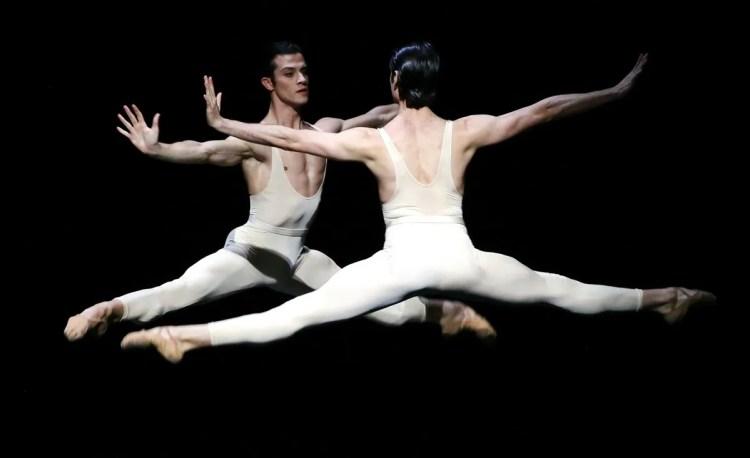 07 Le combat des anges Claudio Coviello, Marco Agostino, photo by Brescia e Amisano, Teatro alla Scala
