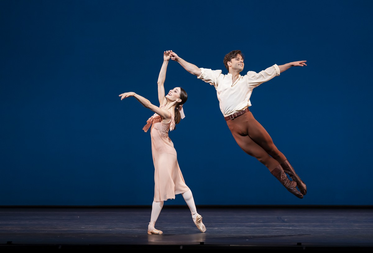 Dances at a Gathering. Marianela Nunez and Alexander Campbell. ©ROH, 2020. Photographed by Bill Cooper.