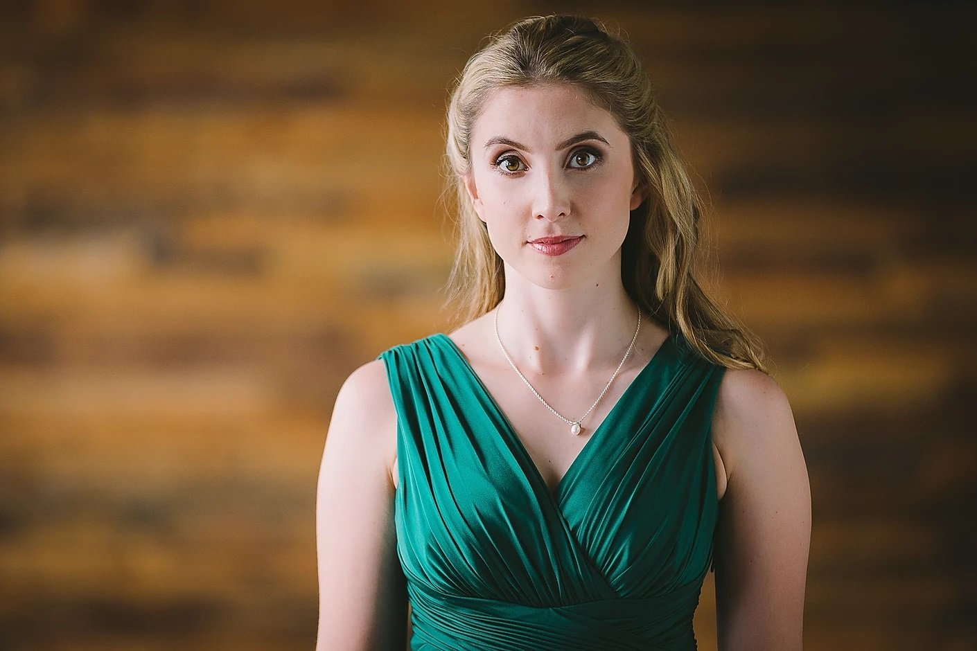 Lara Rebekah Harvey © Tom Gradwell photography