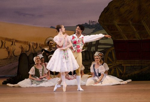 Marianela Nuñez as Lise, Carlos Acosta as Colas and artists of The Royal Ballet in La Fille mal gardée, The Royal Ballet © ROH Tristram Kenton, 2012