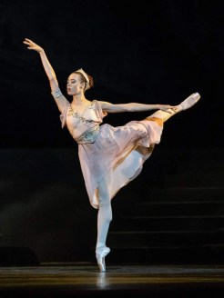 Nikisha Fogo as Sylvia by Manuel Legris, photo by Ashley Taylor, Vienna State Ballet