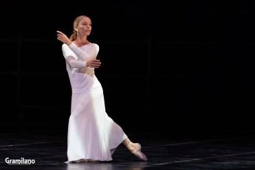 Silvia Azzoni in Nocturnes © Graham Spicer