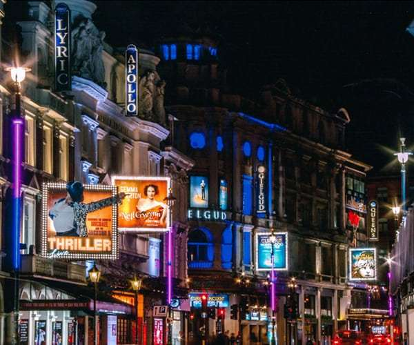 Apollo Theatre Shaftesbury Avenue