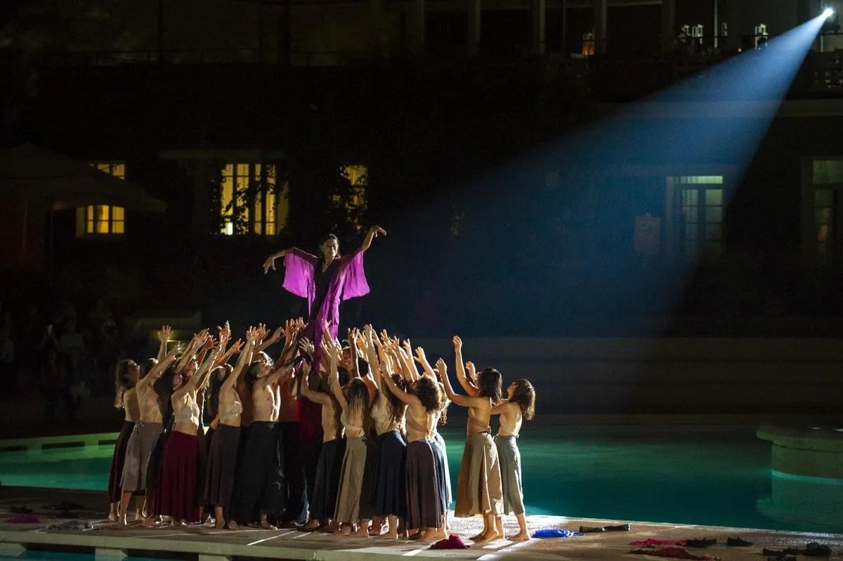 Le Sacre with Luciana Savignano and DanceHaus, Teatro Franco Parenti 2020, photo by Francesco Prandoni 5